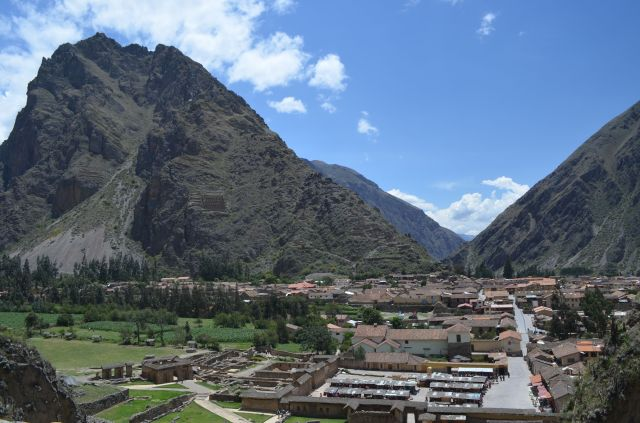 The little town of Ollantaytambo