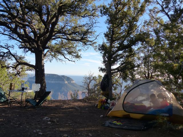 Rainbow Rim Trail Camp